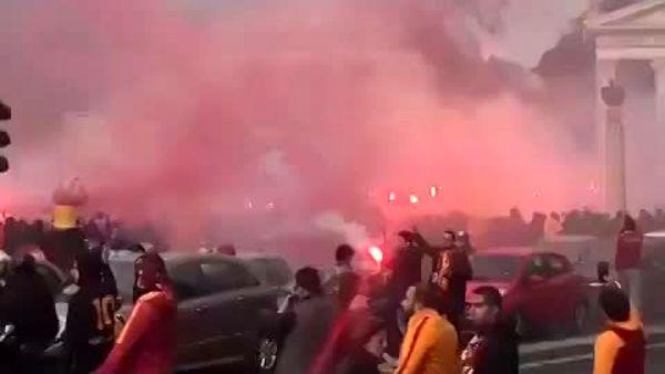 tifosi Galatasaray (1)-2